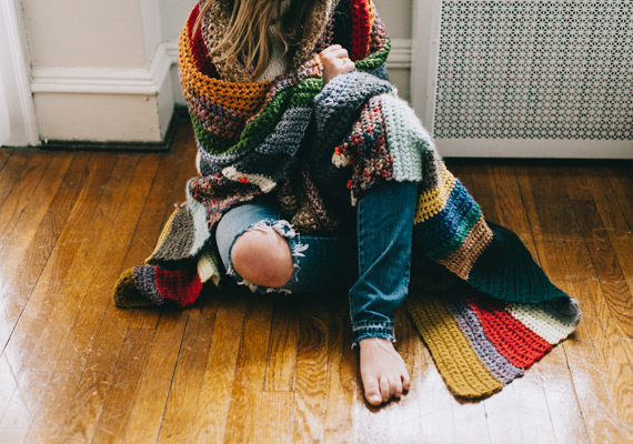 featured-shop-a-girl-named-leney-travel-blanket