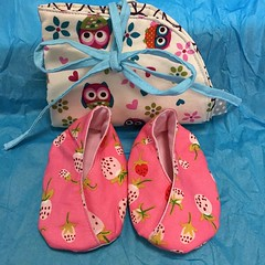 #widn packing up the baby gift for a  surprise baby shower today. One day I will make theses ithinksew kimono slippers exactly the same size... @tinkerellen
