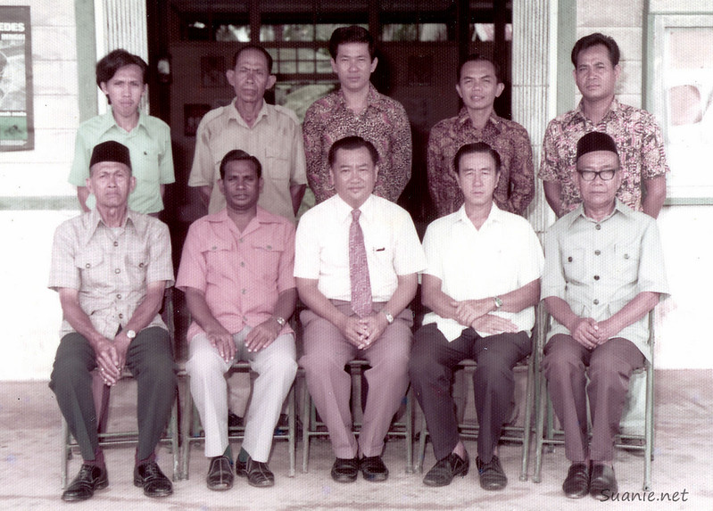 Sri Gading local elections council team with Lim Kheng Siang