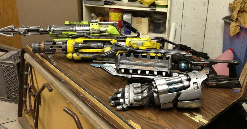 Evolve Hunter Weapon Lineup in the Workshop