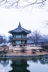 Inside Gyeongbuk-gung