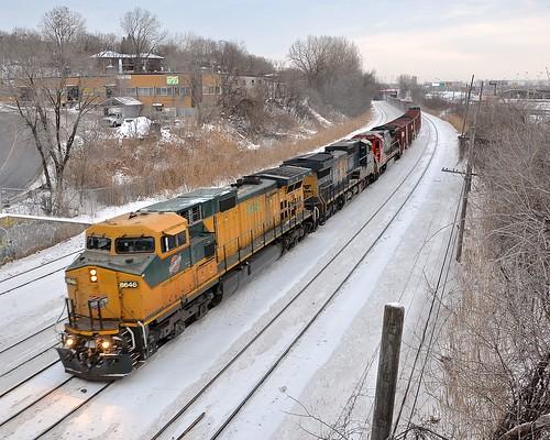 winter snow cn train quebec montreal ge dash8 generalelectric canadiannational freighttrain dash944cw cnw chicagonorthwestern dash9 montrealwest dash840cw dash840c cn529 montrealsub cp931