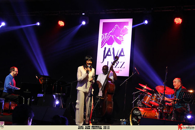 Java Jazz Festival 2015 Day 1 - Mary Stallings