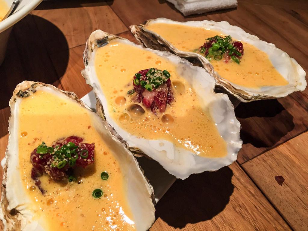 牡蠣と馬肉のユッケ