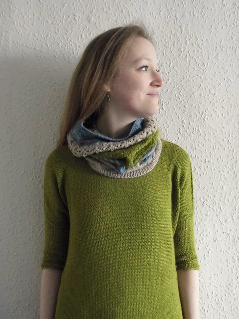 3 colour cowl 2
