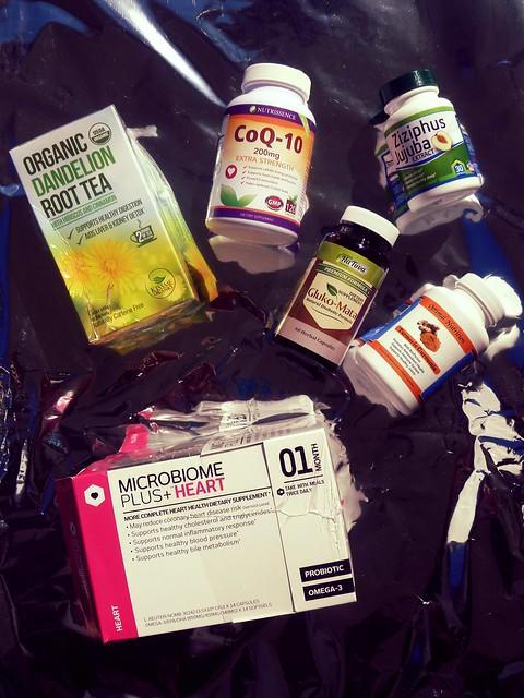 Dandelion tea, moringa powder, black pepper extract, tumeric, Jujuba Chinese dates and more healthy vitamin finds