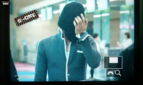 GDragon_Incheon-to-Paris_20140928_(7)