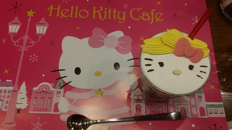 shibuya hello kitty cafe 9 - hot chocolate