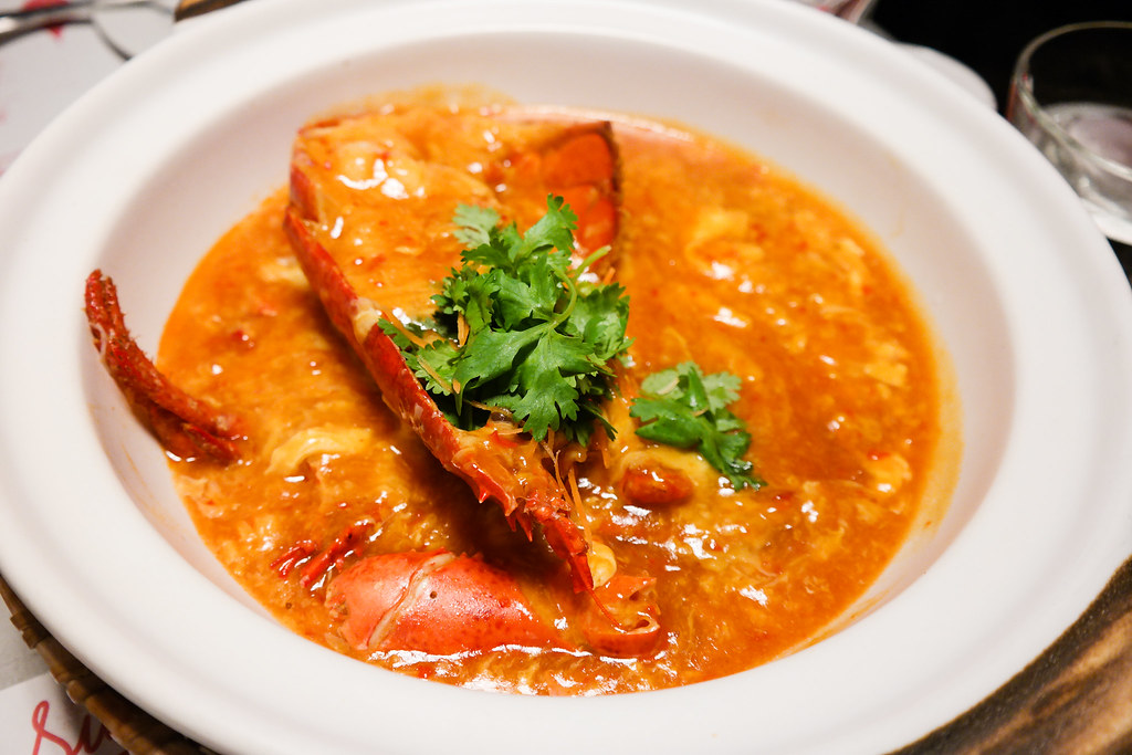 Pince & Pints Restaurant and Bar's Chili Lobster with Mantou