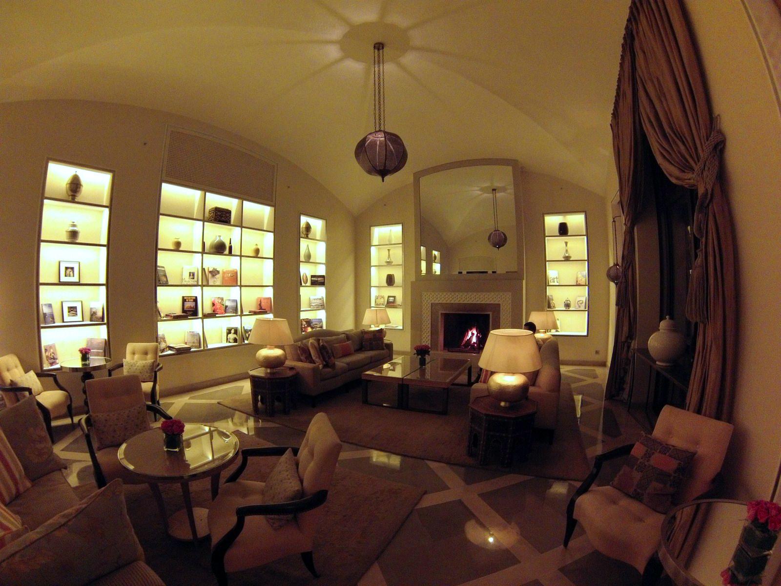 Nuestro salón preferido del hotel four seasons marrakech - 15720367578 e1dd5726be h - Four Seasons Marrakech, oasis en la ciudad roja