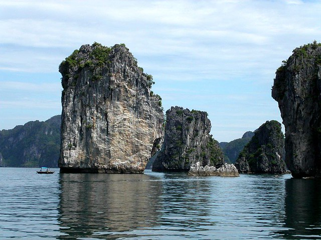 vietna-halongbay-Ravn