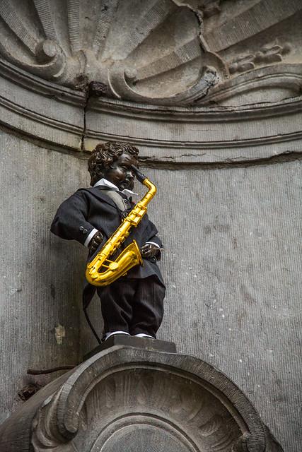 Bruxelles - Manneken-Pis Sax