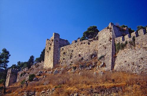 travel blue sky film pentax greece velvia slides fujichrome fortress lepanto 50asa pentaxlx nafpaktos 35mmphoto analoguephoto