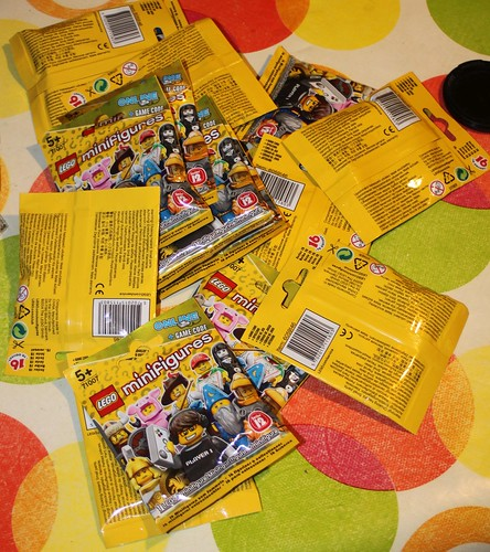 71007_LEGO_Minifig_Serie_12_03