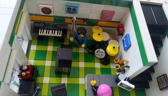 MS Store Interior 1 (s6)