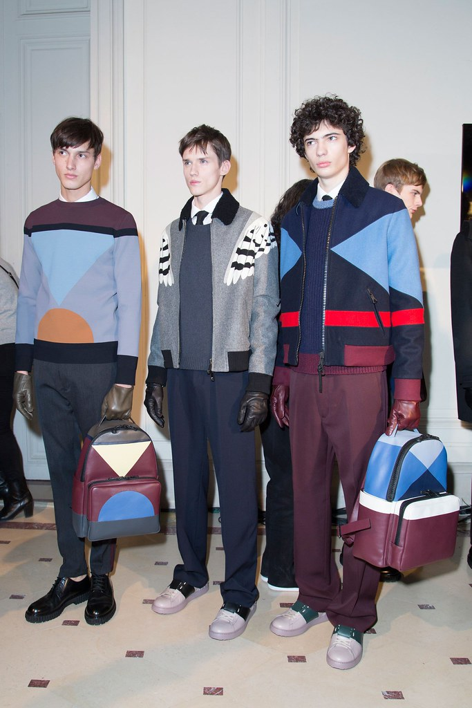 Yulian Antukh(Antuh)3126_FW15 Paris Valentino(fashionising.com)