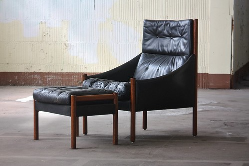 Dazzling Danish Modern Rosewood and Leather Lounge Chair and Ottoman (1960s)