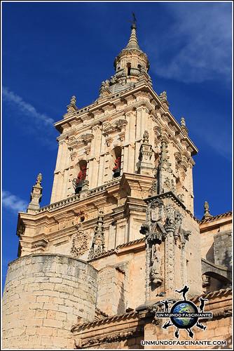 Campanario de la Catedral de de El Burgo de Osma (Soria)