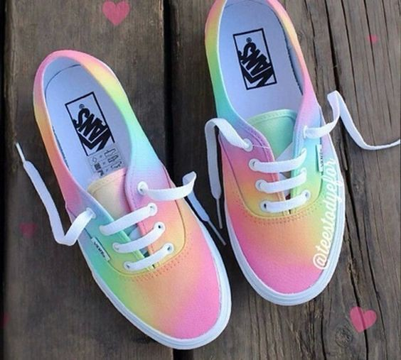 Tendance Chaussures – Collection Of Trending Vans Sneakers For Women – Trend To Wear
