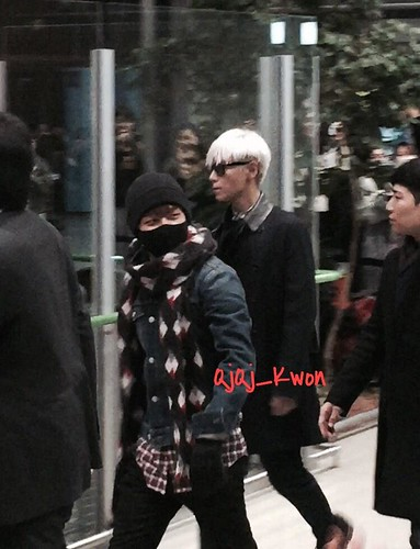 Big Bang - Kansai Airport - 15jan2015 - QjQj_Kwon - 01