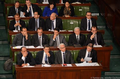 Essid and new ministers in parliament, credit: Tunisia Live, Jennifer Ciochon
