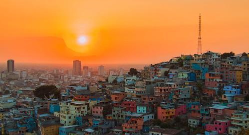 city travel sunset sun sol southamerica colors landscape ecuador sonnenuntergang ciudad colores stadt landschaft guayaquil farben guayas travelphotography puestodelsol ecuadortravel landscapephotograhpy