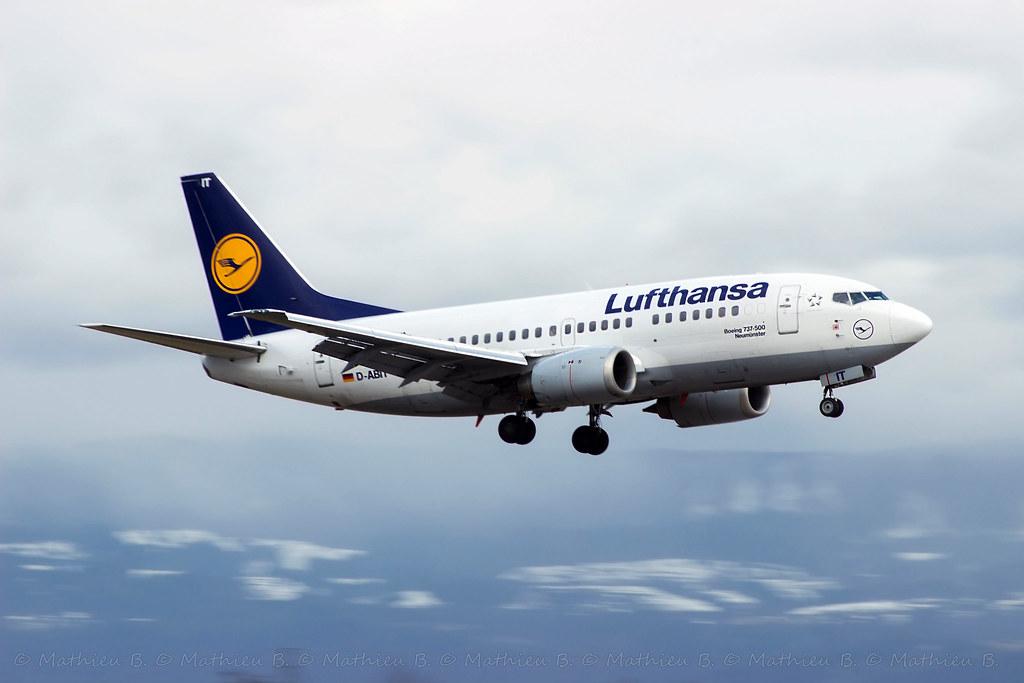 Aéroport de Genève-Cointrin [LSGG-GVA] 16529153578_81a31345ce_b