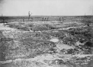 Ypres—the area from which the attack on Kitchener's Wood was launched in 1915 / Partie d'Ypres d'où l'attaque contre Bois des Cuisinières a été lancée en 1915