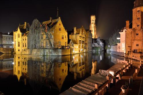 reflections canal nightshot belgium brugge westvlaanderen bruges flanders rozenhoedkaai dijvercanal groenereicanal