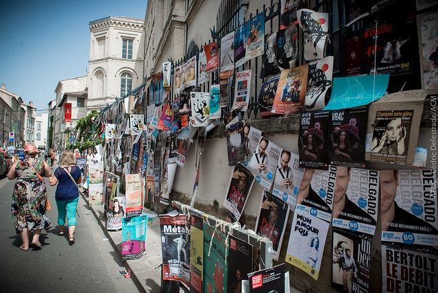 Les rues d'Avignon pendant le #OFF16