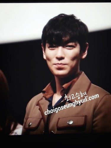 TOP-StageGreetings_Day2-20140907_(14)