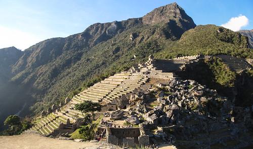 Machu Picchu: vue sur les terrasses depuis l'Observatoire