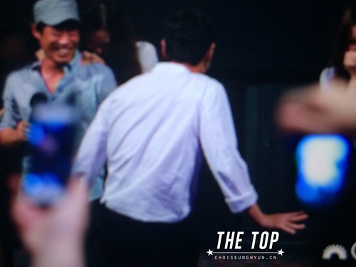 TOP-StageGreetings_Day1-20140906_(44)