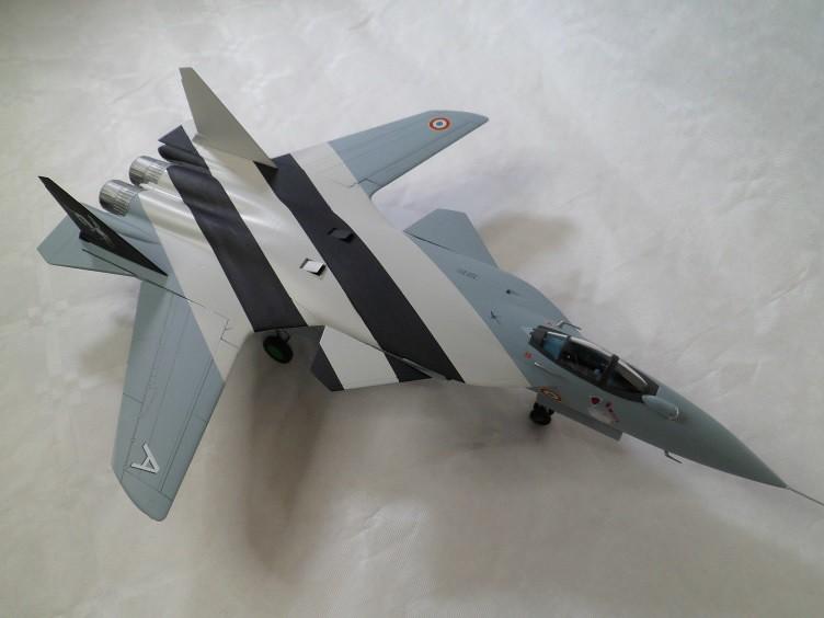 Ainsi les derniers seront les premiers [Sukhoi Su-47 Berkut Hobbyboss] 15835655900_1c34480176_b
