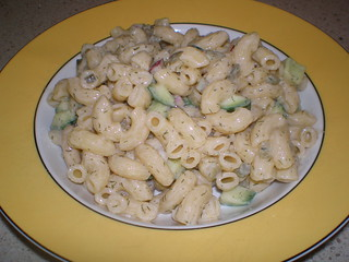Macaroni Salad with Cucumbers and Dill Dressing