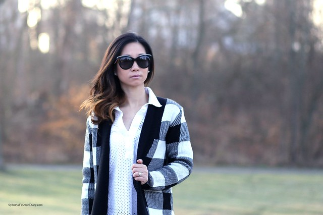 Black and White Oversized Cardigan_SydneysFashionDiary