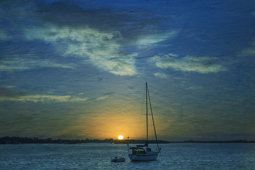 clouds sunrise boats unitedstates florida things types locations landscapephotography bradentonbeach manateecounty bridgestreetpier