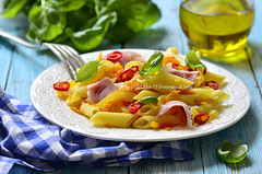 Penne with fried vegetable and smoked bakon.