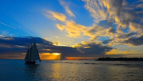 usa colour art beautiful sailboat photo nikon colours arty artistic creative fl colourful keywest nikkor 28300mm d610 sunsetpier paultrottier