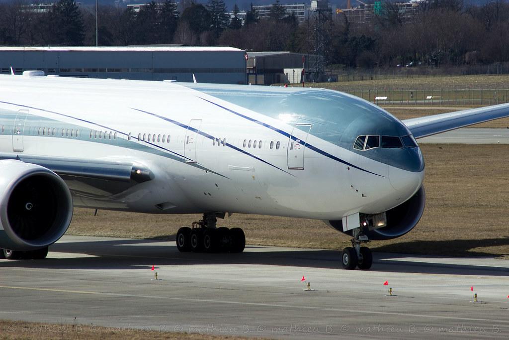 Aéroport de Genève-Cointrin [LSGG-GVA] 16096957263_ed00232607_b