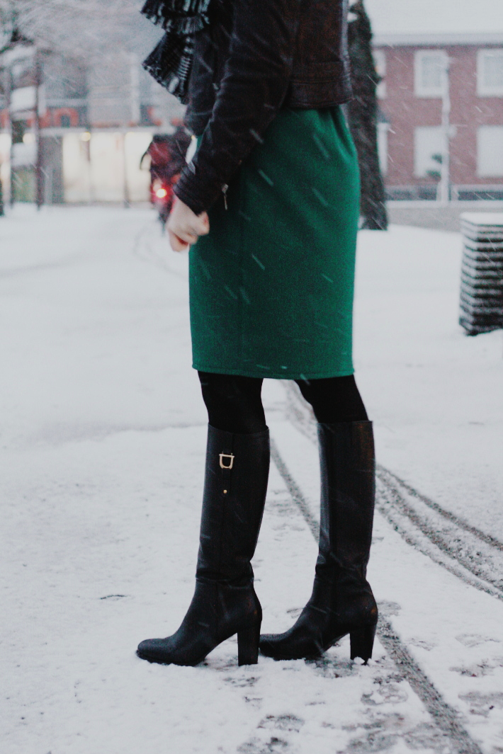 knee high boots, snow, vintage skirt