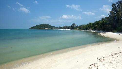 今日のサムイ島 3月12日 ラジャフェリー乗場横ビーチ