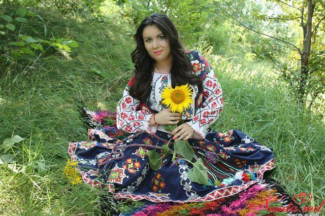Ведущая и Певица-  Mariana Bogaci > Фото из галереи `Главная`