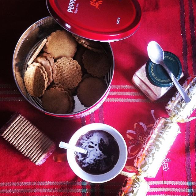 #christmastime #breakfast #2014 #cracker #cookies #tea #cup #gingerbread