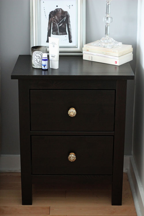1-chambre-table-chevet-ikea-hemnes