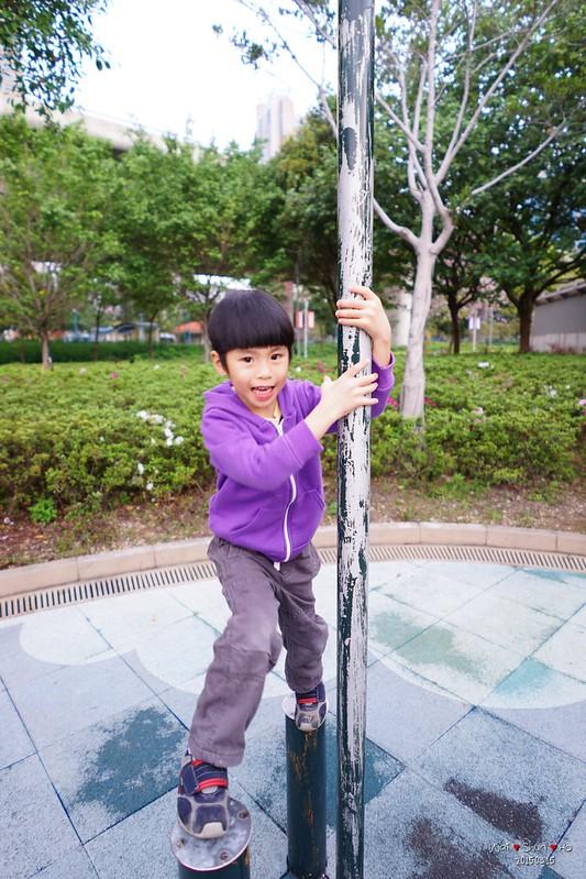 Climbing on rod