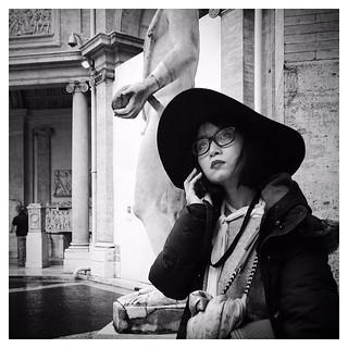 Japanese elegance | Urban scene around the Vatican Museums, Rome... Good afternoon! #ARTmobile . IPhone 6  #Hipstamatic (#Jane + #BlacKeySuperGrain) #Snapseed