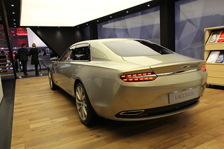 Aston-Martin-2015-Lagonda-concept-003
