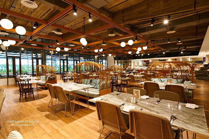kontiki-restaurant-federal-hotel-kuala-lumpur