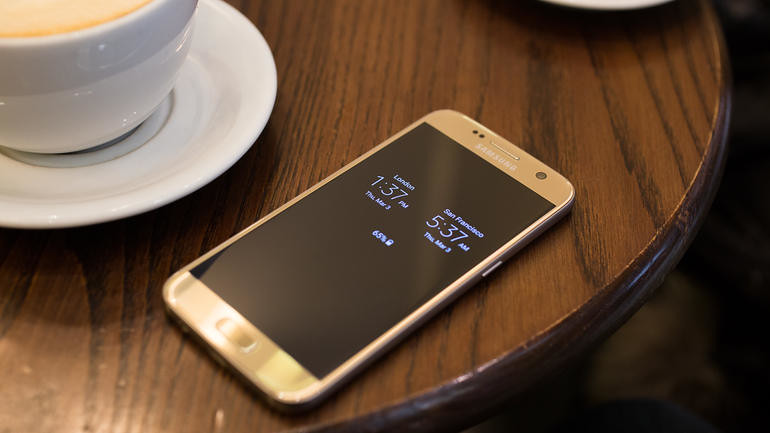 samsung-galaxy-s7-edge-out-about-7